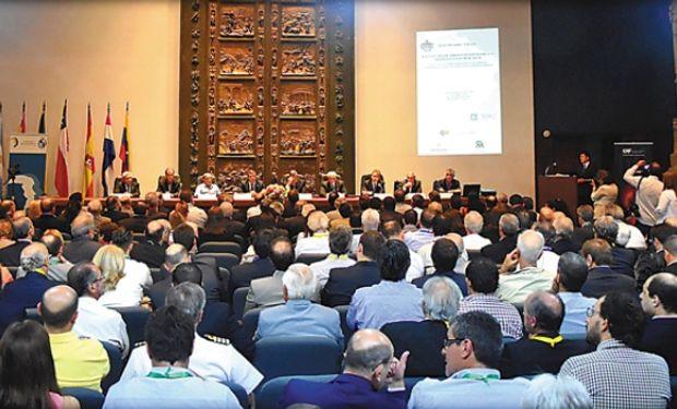 """III Taller Seminario """"Hacia un mejor aprovechamiento de las hidrovías en el Mercosur""""."""