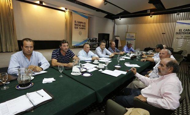 Los ruralistas se reunieron ayer en la sede de la Sociedad Rural Argentina. Foto: Ricardo Pristupluk