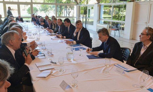 Durante el encuentro, se hizo un repaso de los avances generados en el marco de estas reuniones y el estado de situación de cada uno de ellos.