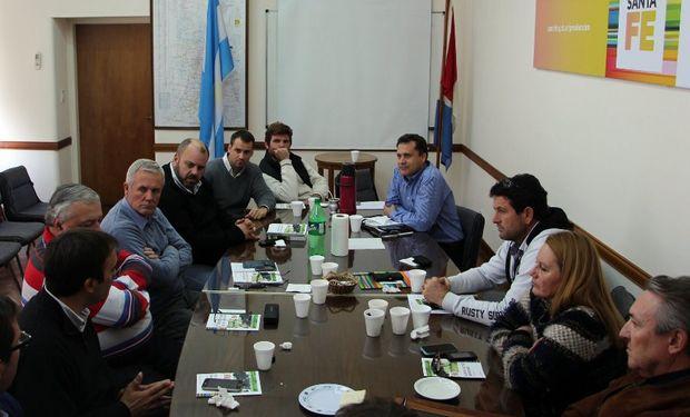 Del encuentro participaron el secretario de Lechería, Pedro Morini; y el director provincial de Lechería, Marcelo Bargellini.