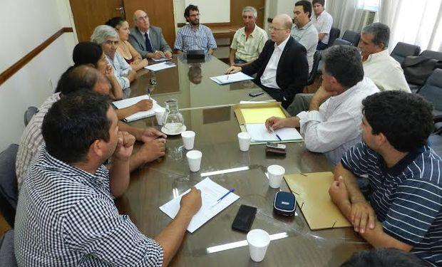 El ministro Contigiani reunido con referentes de MOPROFE.