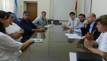 El ministro de la Producción se reunió con la Cooperativa Cerro Blanco