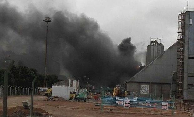 El incendio en la empresa Molinos.