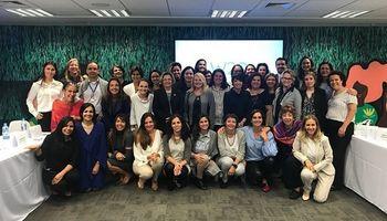 Alianza para mejorar la condición de las mujeres rurales en América