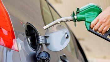 Biodiésel: Santa Fe comenzará a tomar muestras de la nafta e intimó a YPF y Shell