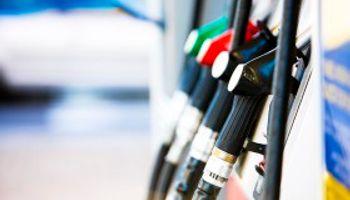 Scioli alienta acuerdo con provincias por tasa a nafta