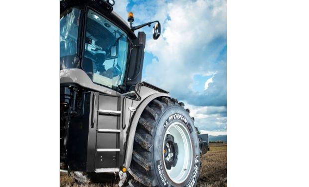 Michelin AxioBib: ofrece una mejor tracción y menor resistencia al rodaje.