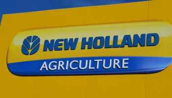 New Holland dice presente en La Rural