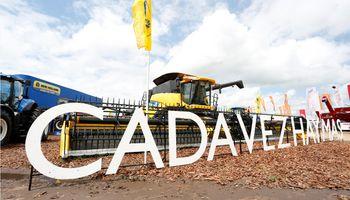 New Holland estuvo en Expoagro junto al tractor líder del mercado