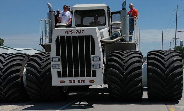 Revivió Big Bud 747: así fue el regreso al campo del tractor más grande del mundo