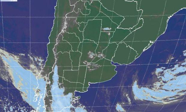 La foto satelital plantea una situación de estabilidad que refleja el dominio de un eje de alta presión en la atmósfera media.