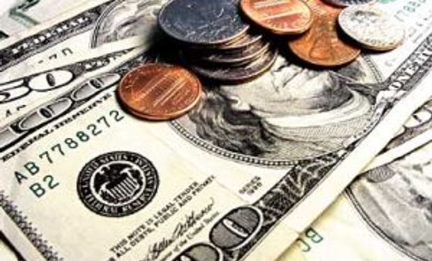 Dólar oficial cerró a $ 7,875. El blue cayó a $ 10,95