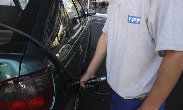 Luego de aplicarle los impuestos locales, provinciales y nacionales, el litro de premium ya superó en el interior del país los $ 32.