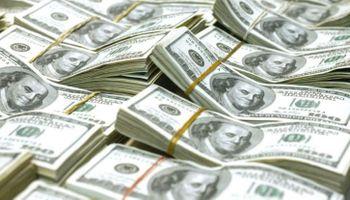 Pese a los anuncios de Macri y la intervención del BCRA, el dólar marca un nuevo récord