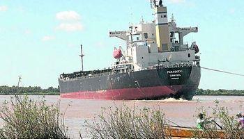 Pérdidas millonarias por el buque encallado