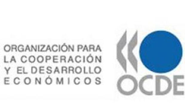 Argentina firma un acuerdo para intercambio fiscal con 60 países