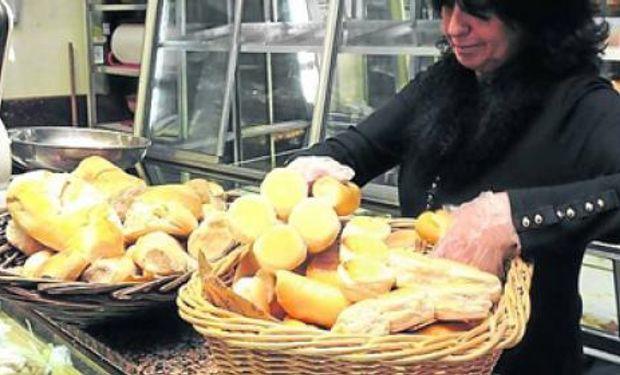 Panaderos afirman que se les garantizó el abastecimiento de harina