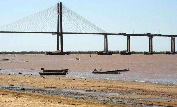 Bajante del Río Paraná: El gobierno pide limitar el consumo de agua en 7  provincias - MisionesOnline