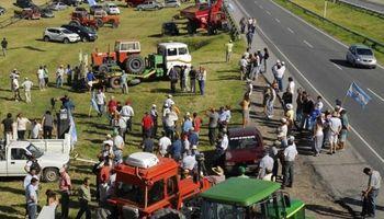 Lanzan un tractorazo en Córdoba y en Chaco piden que la Mesa de Enlace tome acciones