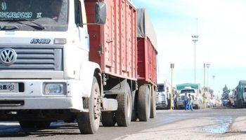 Paro de Camioneros en reclamo de un 35% de aumento
