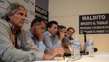 Moyano, Barrionuevo y Micheli se suman al paro del transporte