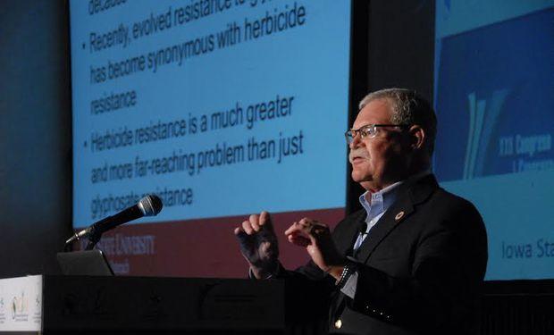 Micheal Owen, investigador especializado en control de malezas del Departamento de Agronomía de la Universidad Estatal de Iowa, Estados Unidos.