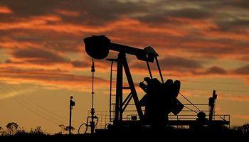 El petróleo volvió a caer por debajo de los u$s 50