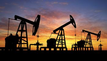 El club del petróleo pesa más que un poroto