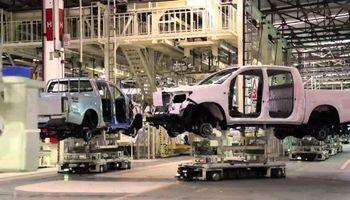 Se patentaron más de 32.000 vehículos en abril y dos marcas compiten por el ranking de pick ups