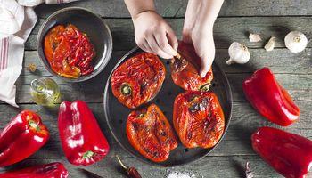 """""""No comprometas tu salud"""": los consejos del Senasa para manipular alimentos"""