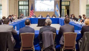 Dietrich presentó en Washington los avances del plan de infraestructura