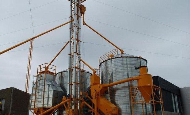 Mezclar expeller de soja con maíz y exportarlo para evitar la sobreoferta
