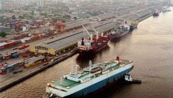 Agentes de seguridad alimentaria comienzan huelga en puertos de Brasil