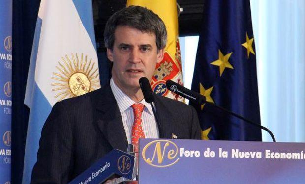PRAT GAY. Durante una de las disertaciones que participó en España (AP).