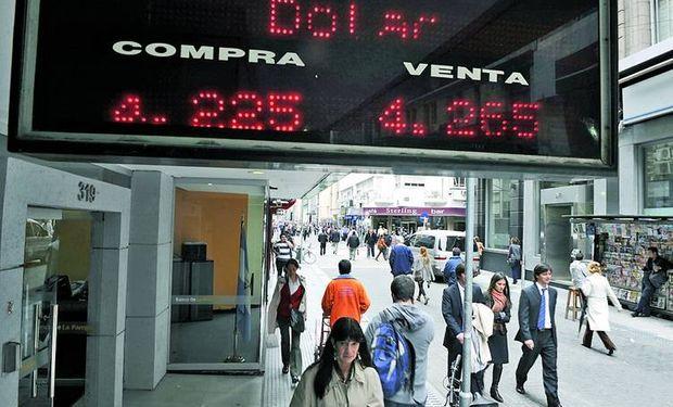 Esperan que el dólar oficial retome su avance al 30% anual