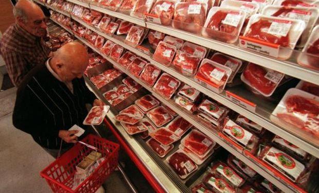 """""""El supermercado esta muy ávido de maximizar utilidades"""", destacó."""