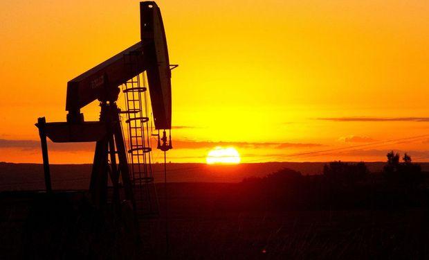 El precio del petróleo sigue cayendo y los mercados tambalean. Foto: La Nación