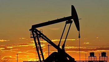 Tras una sesión de altibajos, el barril de petróleo Brent cerró a la baja