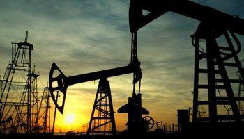 Petróleo se hunde otro 3,5% y cotiza debajo de los u$s 44