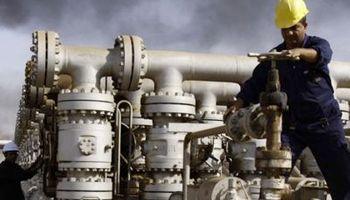 Petróleo, en una montaña rusa: ayer tocó suba de 4%