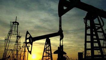 Se hundió el petróleo y llegó a su menor valor en más de cuatro años