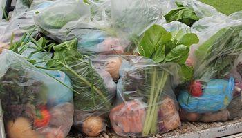 Para bajar el precio de los alimentos: la propuesta de productores de economías regionales a Fernández
