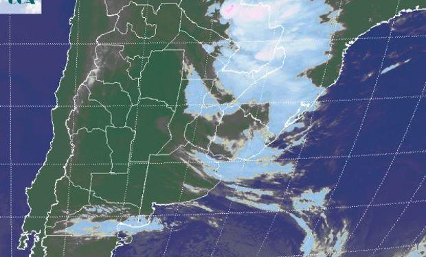 La foto satelital muestra un gran nivel de actividad sobre la franja agrícola de Paraguay y por sectores, se incluyen algunas zonas del norte de la Mesopotamia.