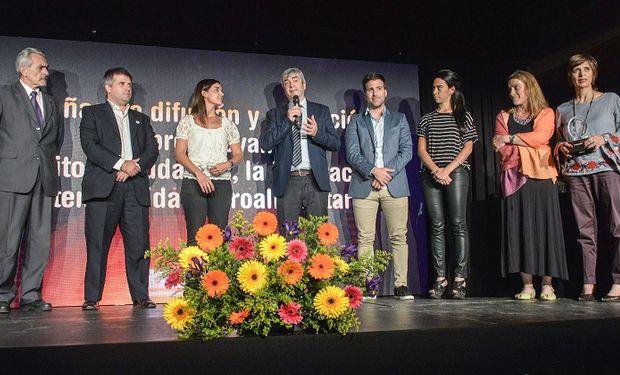 La Campaña Más Frutas y Verduras, desarrollada por el Ministerio de Agroindustria obtuvo el primer premio en la categoría Campañas de difusión y educación.