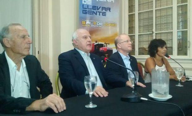 """El gobernador Miguel Lifschitz encabezó el acto y mostró su satisfacción porque la muestra """"es nuestra, de la región Centro""""."""