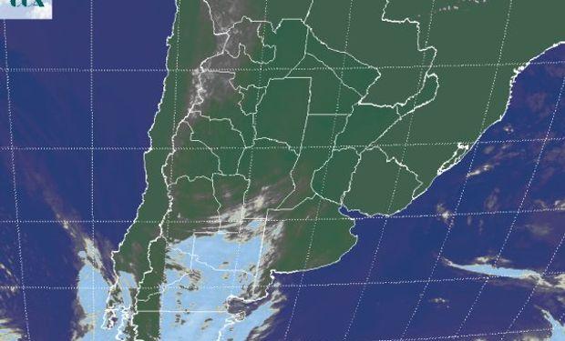 La foto satelital presenta el avance de una perturbación desde la Patagonia.