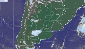 Masa de aire húmedo se mantiene sobre el país