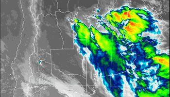 Lluvias llegan al centro de la región pampeana en un momento crítico