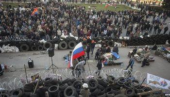 Crece el desafío de los prorrusos y Ucrania muestra su impotencia