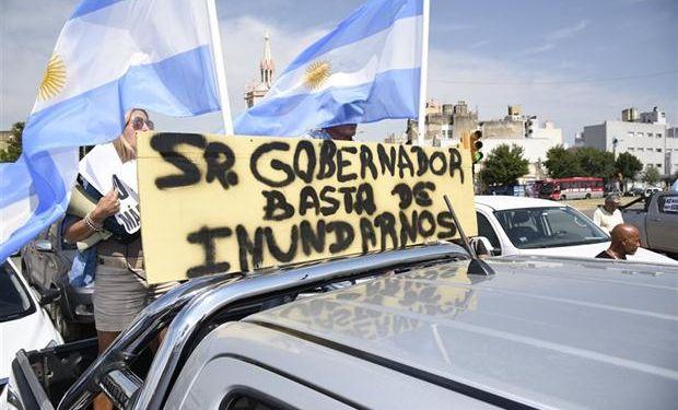 Protesta de productores en camionetas. Foto: La Voz del Interior